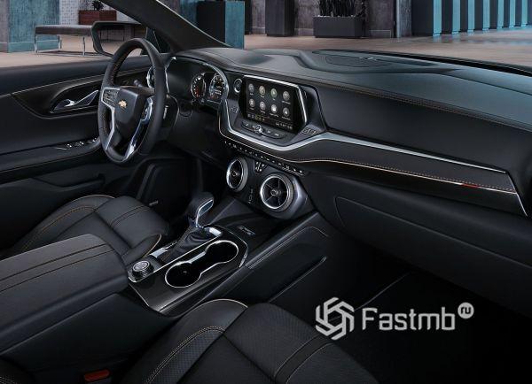 Передняя панель Chevrolet Blazer 2019