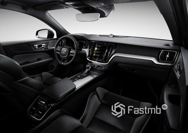 Интерьер нового Volvo S60 2019