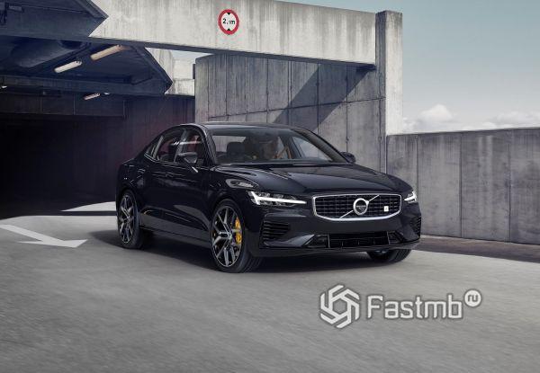 Гибридный Volvo S60 2019