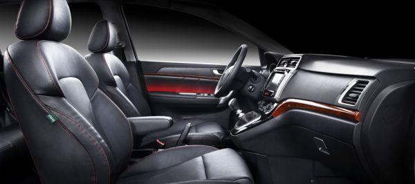 Водительское и пассажирское сиденье