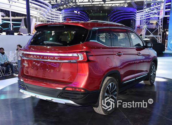 Новая модель кроссовера DongFeng T5 2018