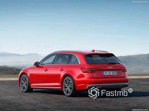 Audi A4 Avant 2019, вид сзади и сбоку слева