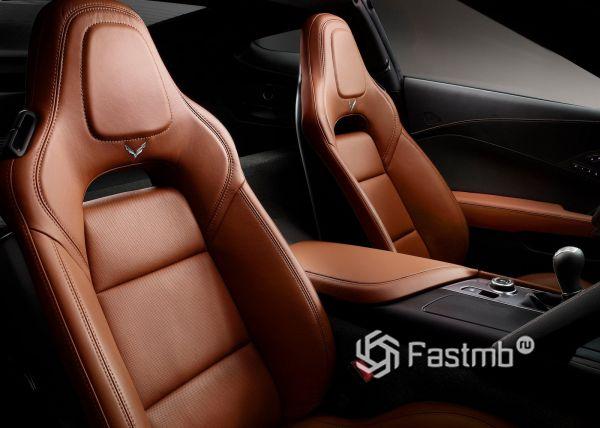 Передние сиденья Chevrolet Corvette Stingray C7 2018