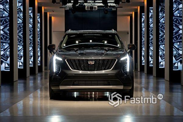 Полностью новый Cadillac XT4 2019