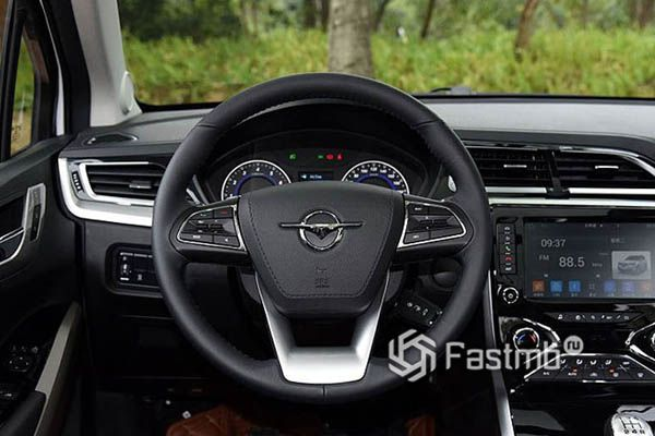 Рулевое колесо и панель приборов Haima S5 Young