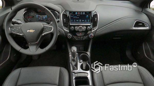 Передняя панель Chevrolet Cruze 2019
