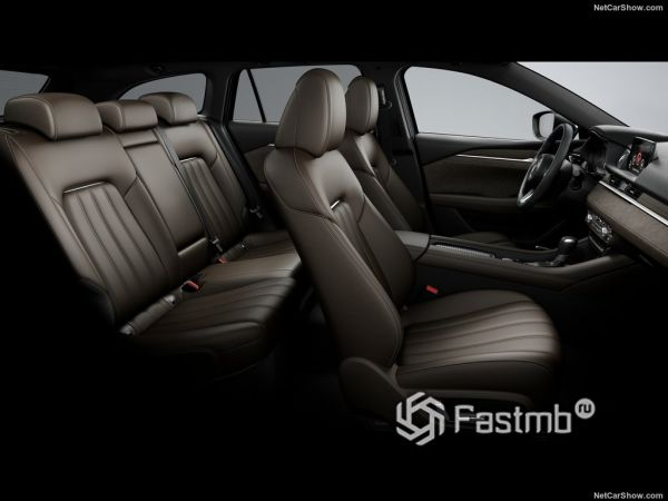 Mazda 6 Wagon 2018, интерьер