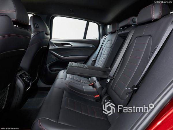 БМВ X4 M40d 2019 года, задние сидения