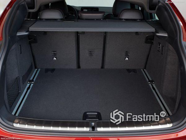 BMW X4 M40d 2019, багажник