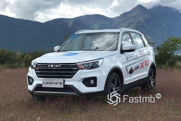 Новый китайский кроссовер Lifan X70 2018