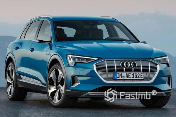 Электрический кроссовер Audi e-tron 2019