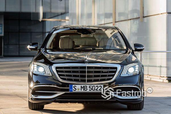 Передняя часть нового Mercedes-Maybach 2018