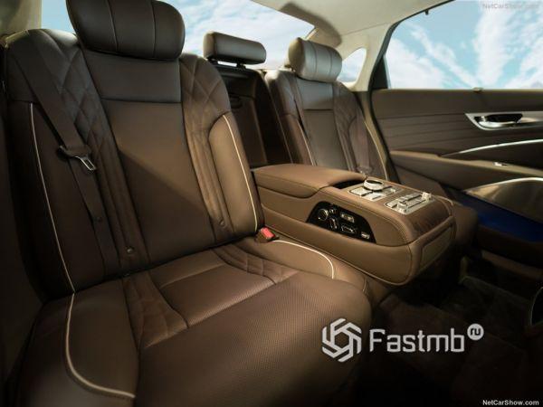 Kia K900 2019, задние сидения