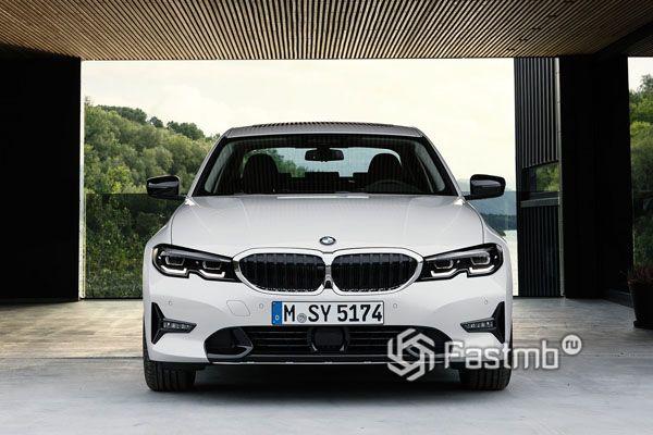 Передняя часть BMW G20 2019