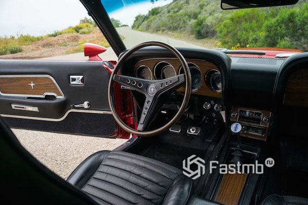 Интерьер Ford Mustang Boss 429 1969
