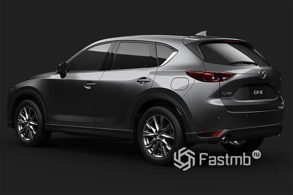 Задняя часть Mazda CX-5 2019