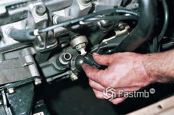 Как проверить и поменять датчик детонации автомобиля