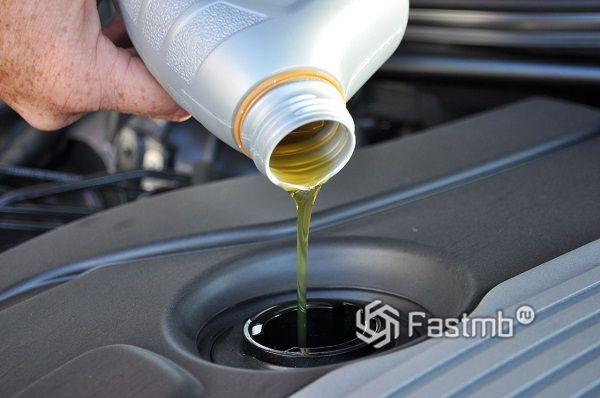 Замена масла в автосервисе