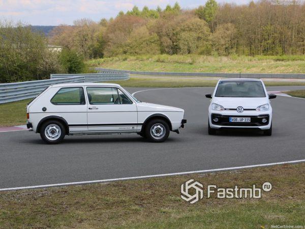 Volkswagen Up GTI 2018, вид сбоку справа и спереди