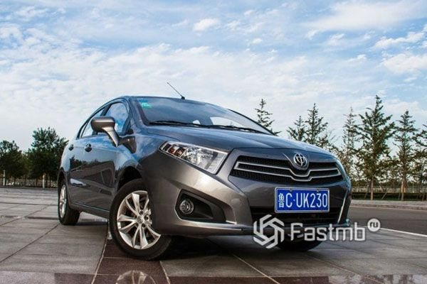 Китайский автомобиль Brilliance H230