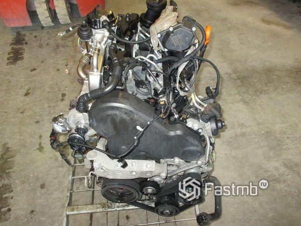 двигатели CAAA