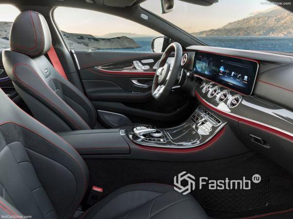 Мерседес-Бенц CLS53 AMG 2019 года, передние сидения
