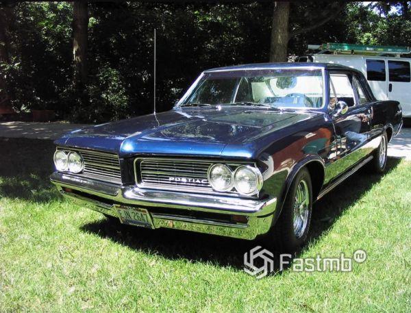 Pontiac Tempest 64