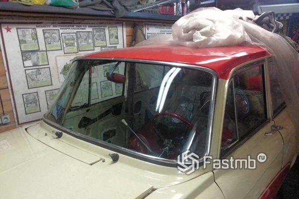 Атермальное лобовое стекло автомобиля
