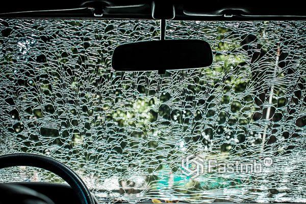 Каленое стекло в автомобиле