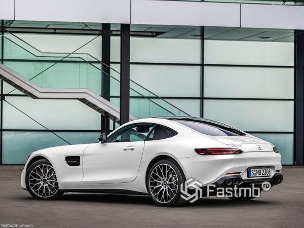 Внешнее оформление Mercedes-Benz AMG GT