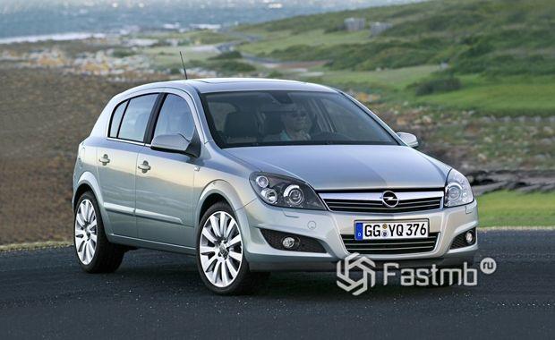 Opel Astra H с пробегом