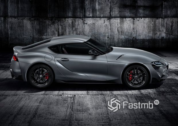Пятое поколение купе Тойота Супра 2020