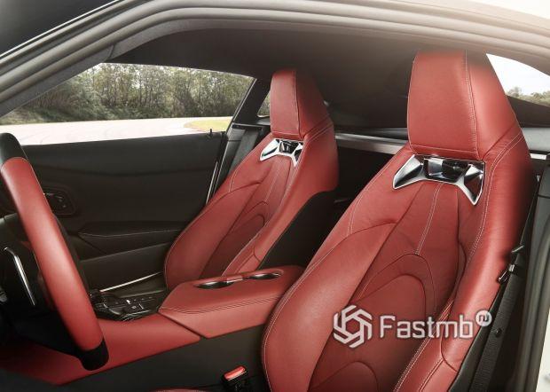 Красная обшивка сидений Супра