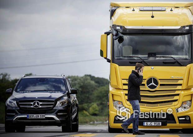 Распознавание пешеходов на автомобилях Mercedes