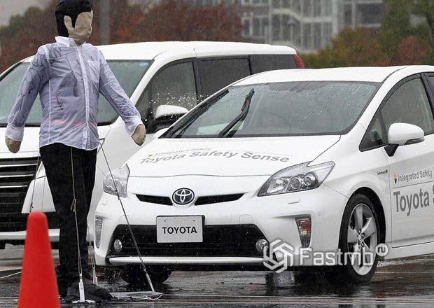 Тестирование системы расположения пешеходов на авто Toyota