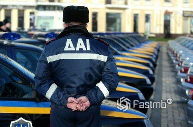 Давать ли взятки инспектору дорожной полиции в Украине