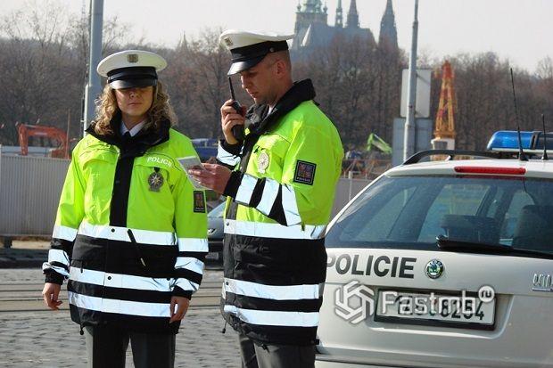 10 важных советов по общению с дорожной полицией в Европе