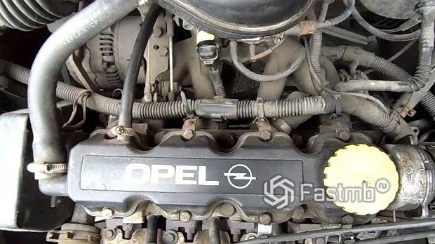 Opel 1.4 л