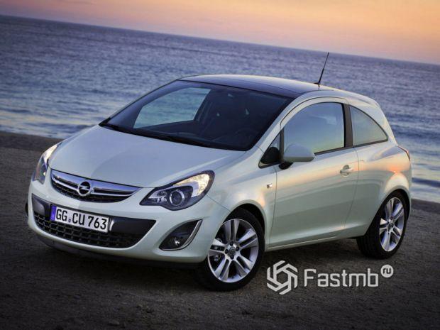 лидер практичности и экономичности Opel Corsa