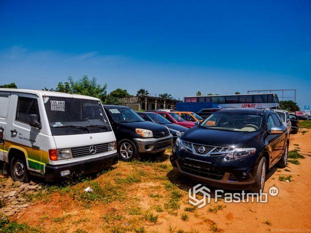 автомобили в Гамбии