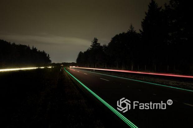 светящаяся дорога в Голландии