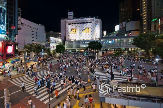 Автомобилисты и пешеходы в Японии