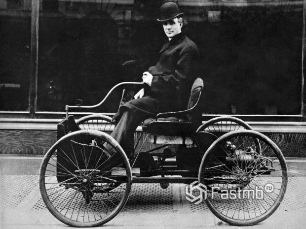Генри Форд - первое водительское удостоверение в США