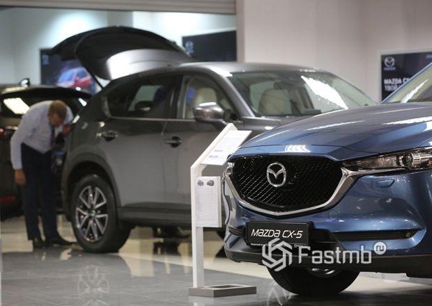 Падение продаж новых автомобилей в России