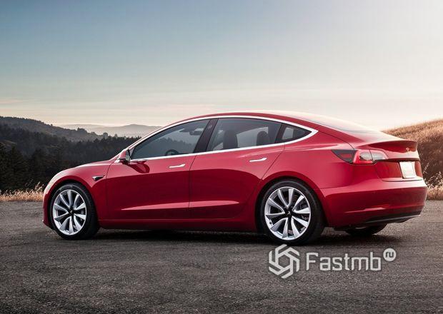 Боковая часть Tesla Model 3 2018