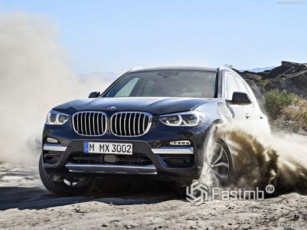 Ездовые качества, стоимость и оснащение BMW X3 vs Mercedes-Benz GLC