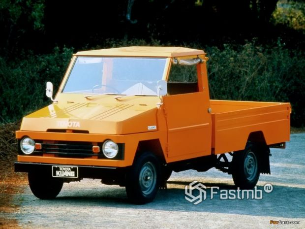 Toyota Kijang 1976 года