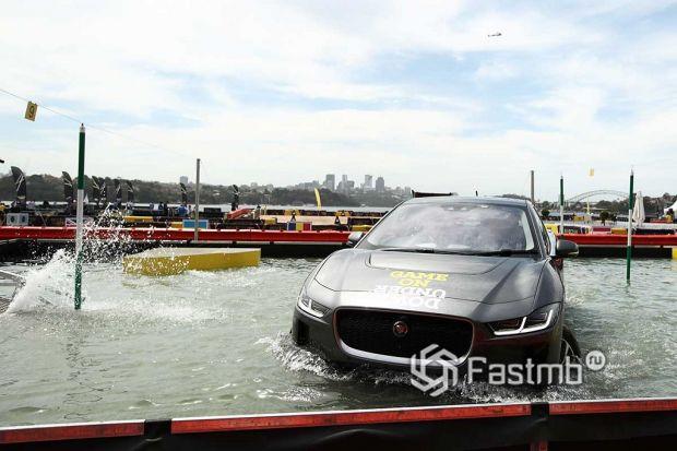 электромобили защищены от воды