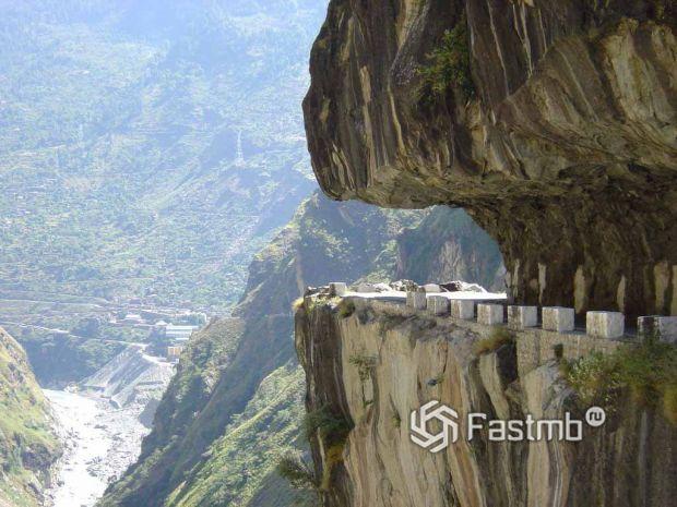 Голианский тоннель в Китае