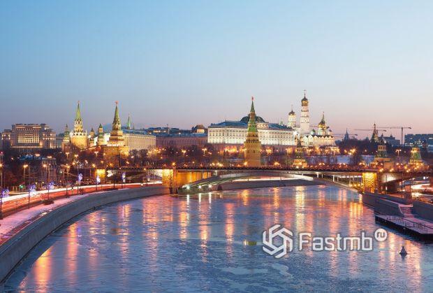 автомобильное путешествие в Москву